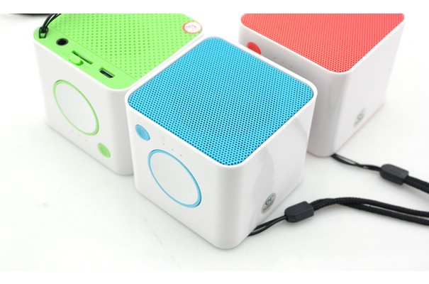 Bluetooth колонка ZDK Box 3w300 Red (мощность 3 Вт)
